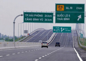 Hệ thống hạ tầng giao thông hoàn thiện là yếu tố góp phần nâng cao giá trị của đất nền vùng ven